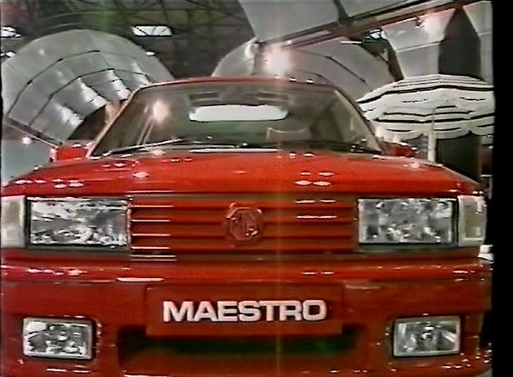 MG Maestro Turbo motor show car