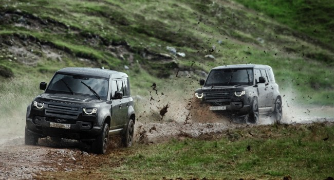 2020 Land Rover Defender on set on No Time To Die