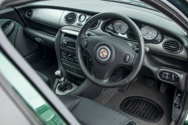 MG ZT at CCA, interior view