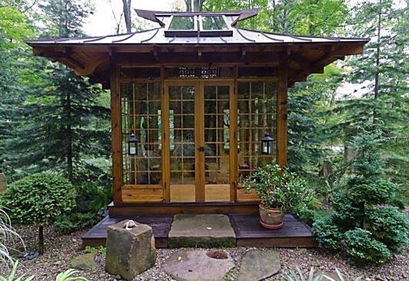 Oriental summer house