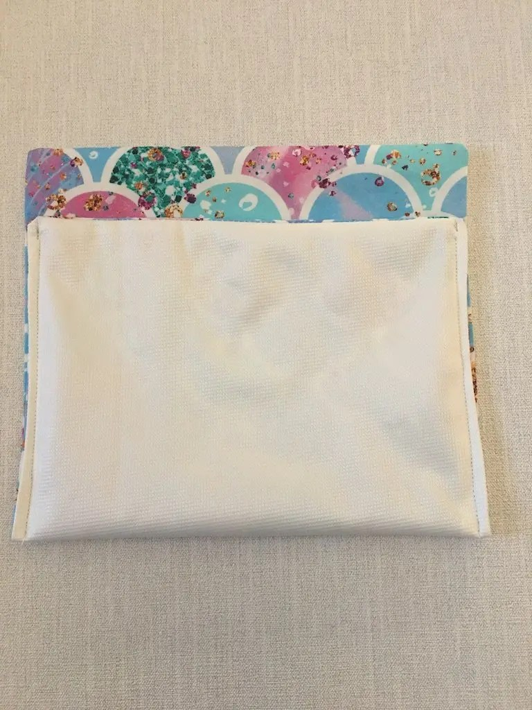 Making a sanitary bag pouch 6