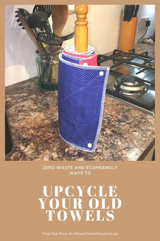 Unpaper Towels - Reusable kitchen cloths - Ways To Upcycle Old Towels - looking for zero waste, sustainable ideas of how to reuse your old towel? Find here some great ways of recycling this versatile fabric and making some brilliantly useful items. #sewing #zerowaste #sustainable #upcycle #recycle #zerowasteliving #zerowastesewing #upcycledtowels