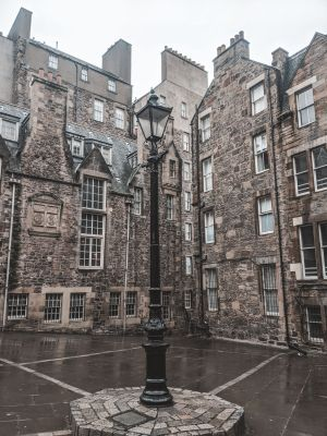 Alleyway along the Royal Mile
