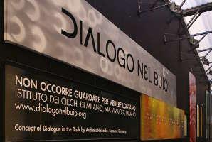 Ingresso a Dialogo nel Buio a Milano
