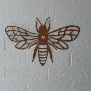Honey Bee Wall Art, Bee wall hanging, Around the garden table, garden gifts, garden accessories, garden centre delivery, plants Kent, plants Northiam, plants maidstone, flowers Kent, flowers delivered Kent, plants, flowers, bedding plants, seasonal bedding, seasonal bedding plants, edible plants, wildlife habitats, compost and mulches Kent, garden furniture, garden furniture Kent, gardening East Sussex, locally delivered garden supplies, contactless delivery, garden supplies with contactless delivery, vegetable seeds, vegetable plants, affordable garden furniture, wholesale garden supplies, bespoke planters, gift planters, garden inspiration, heart and soul gardening, #thechickenknows, Pop-Up Garden Boutique, free local delivery plants, free local delivery garden gifts, free local delivery garden accessories