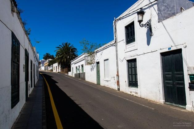 Haria, kleine Stadt mit engen Straßen...