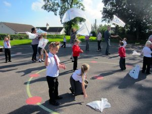15.09_Maths_family_workshop_Year_1.JPG_kites