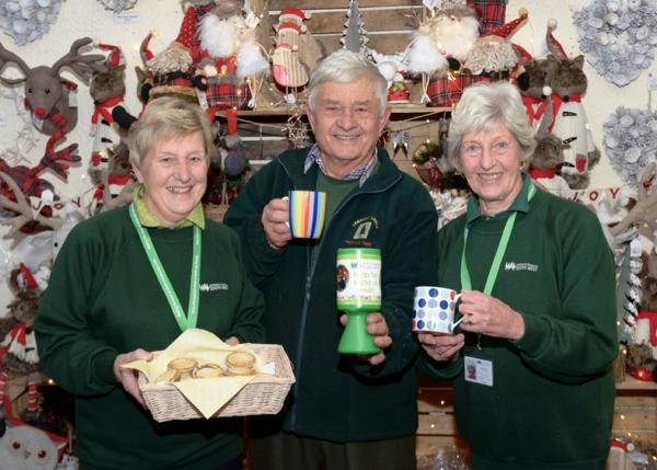 Langford Lakes Christmas Tree Farm - Shop launch - pic2