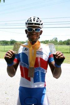 Augusto Sanchez medallas Mayaguez