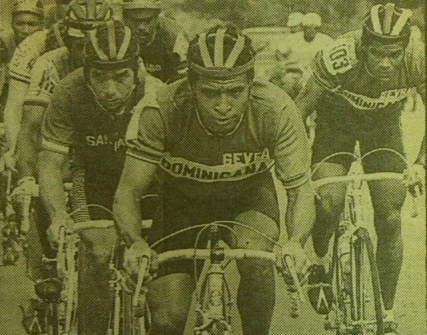 Reinzon Gustavo Deschamps, seguido por Rafael Díaz, Teodoro Sosa