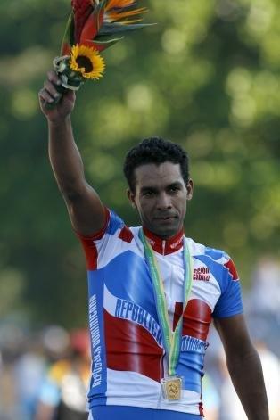 Wendy Cruz podio Rio 2007 con medalla de oro