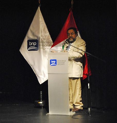 Arqueologo Walter Alva expuso en el IV Programa de Historia del Arte Peruano