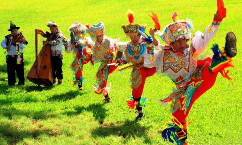 Danzantes de tijeras de Huancavelica exhibirán su arte en Europa