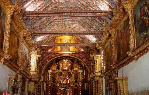 andahualillas-templo-san-pedro-restaurado