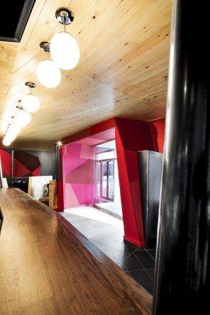 Chez Carl - Jean De Lessard