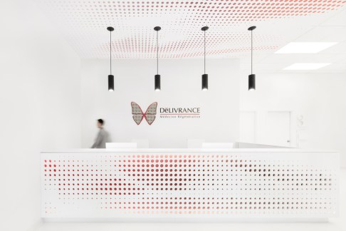 Univers Nuface - ADHOC Architects