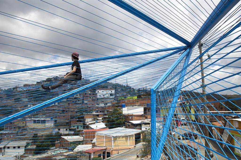 Fuerzas Urbanas La Nube por Proyecto Colectivo