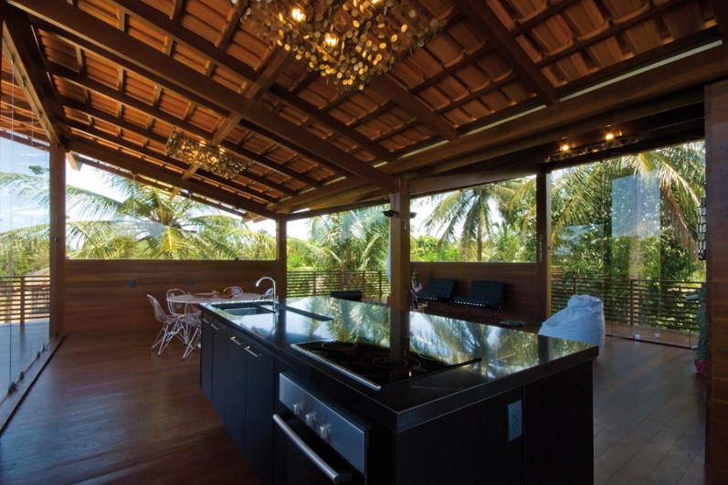 Casa Tropical - Camarim Architects