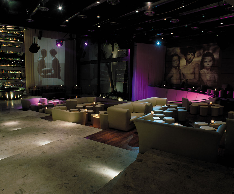 Discoteca Varshiva - GLR arquitectos