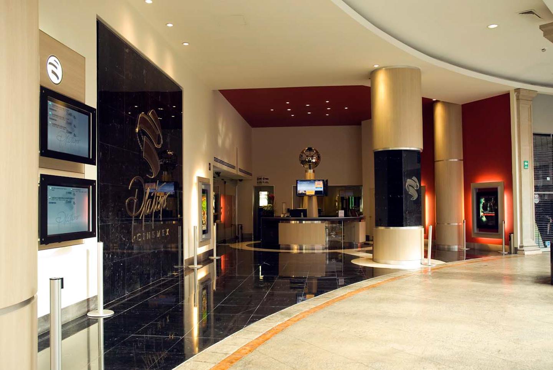 CINEMEX Mundo E Platino - Arq Arquitectos
