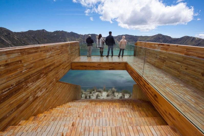 Mirador en la Laguna del Quilota