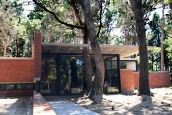 Casa de ladrillos - BAK Arquitectos