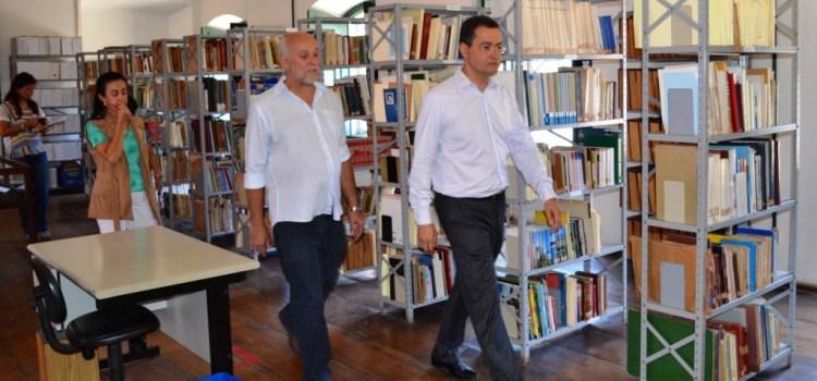 Definidas intervenções emergenciais no Arquivo Público da Bahia