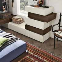 Stile Moderno in Camera da letto: Linea Replay e letto Liz da Gruppo ...