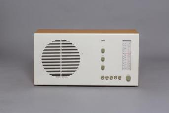 3047450-inline-i-3n-dieter-rams-can-do-no-wrong-and-this-retrospective-proves-it