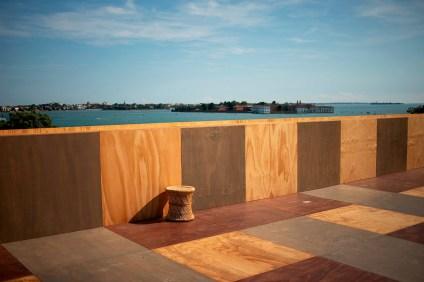 GREAT BRITAIN Island Photo by: Italo Rondinella Courtesy: La Biennale di Venezia