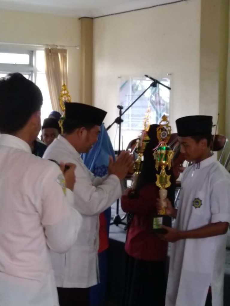Kontingen SMP Ar Rohmah Raih Tiga Juara Olimpiade Se Malang Raya 1