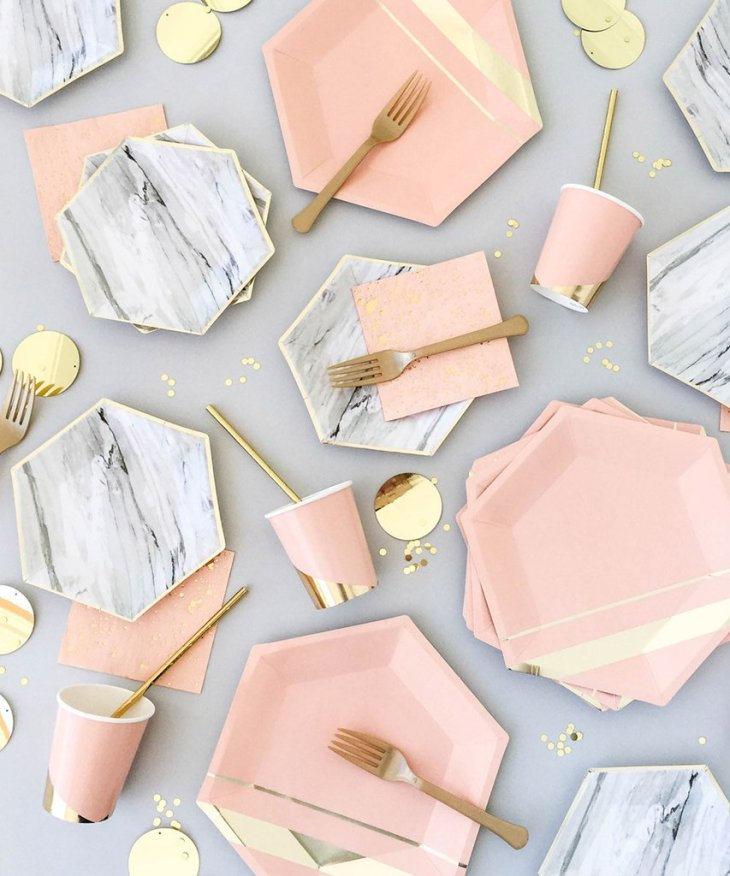 Awe Inspired Finds / Marble and Gold