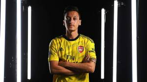 Mesut Ozil's Advice To Nigeria-born Starlet, Arsenal Youngsters