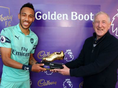 Pierre-Emerick Aubameyang of Arsenal poses with the Golden Boot award.