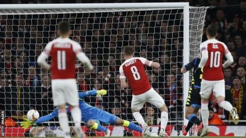 Can Arsenal finish The Italian Job? Napoli team news