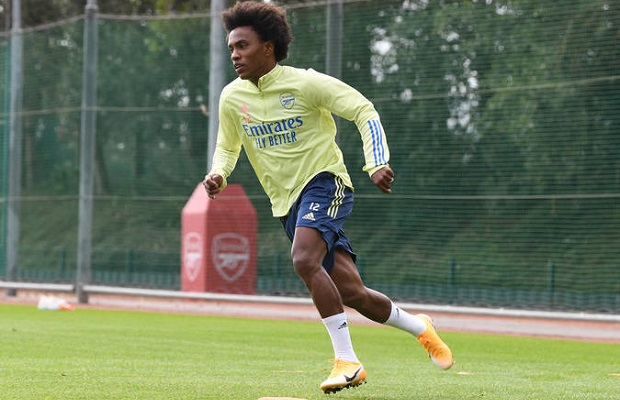 https www arsenalstation com 2020 09 04 photos willian all smiles as he joins ozil saliba in arsenal first team training