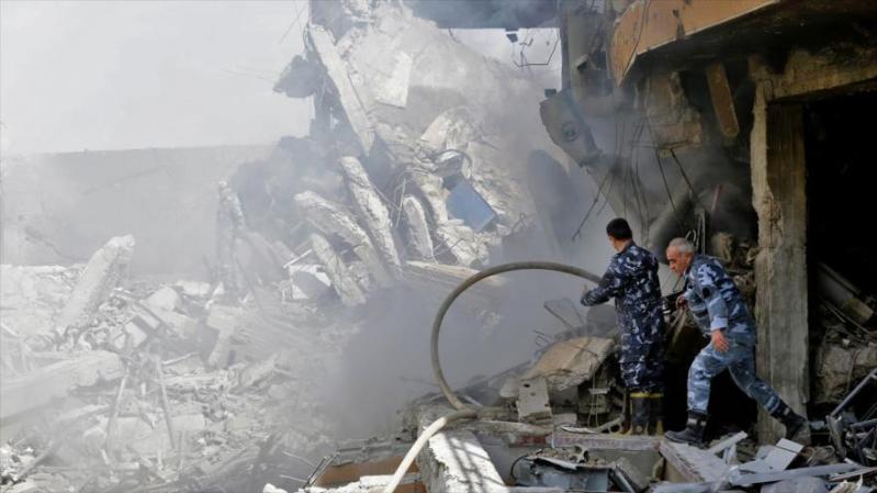 El centro de investigación del municipio de Barzeh, ubicado al norte de Damasco, bombardeado por EE.UU. y sus aliados, 14 de abril de 2018.