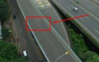 Jalan Layang / Flyover Cengkareng Bergeser , Mengerikan.. Kendaraan Dilarang Melintas