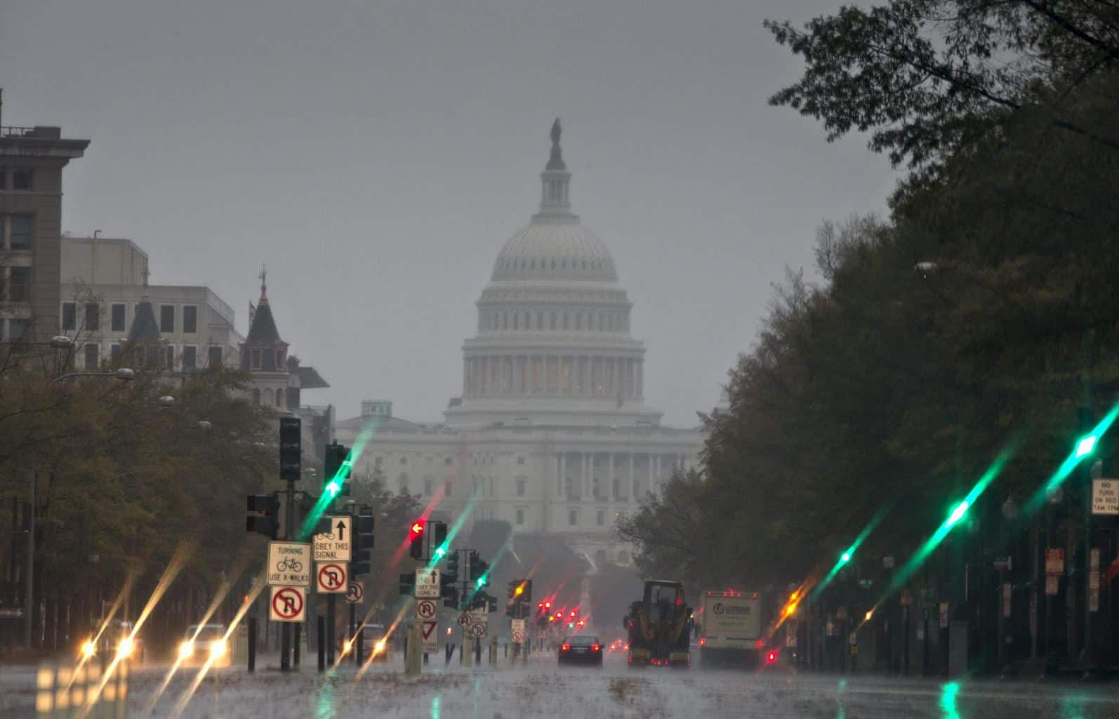 The-U.S.-Capitol-and-Pennsylvania-Avenue-are-seen-Monday-morning-Oct.-29-2012