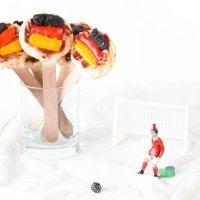 Pizza Pops in Deutschland-Farben - der perfekte Snack für die WM-Party