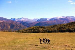 Unknown team trekking, photo: ARWS