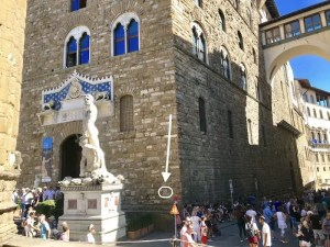 Image of the front of the Palazzo Vecchio