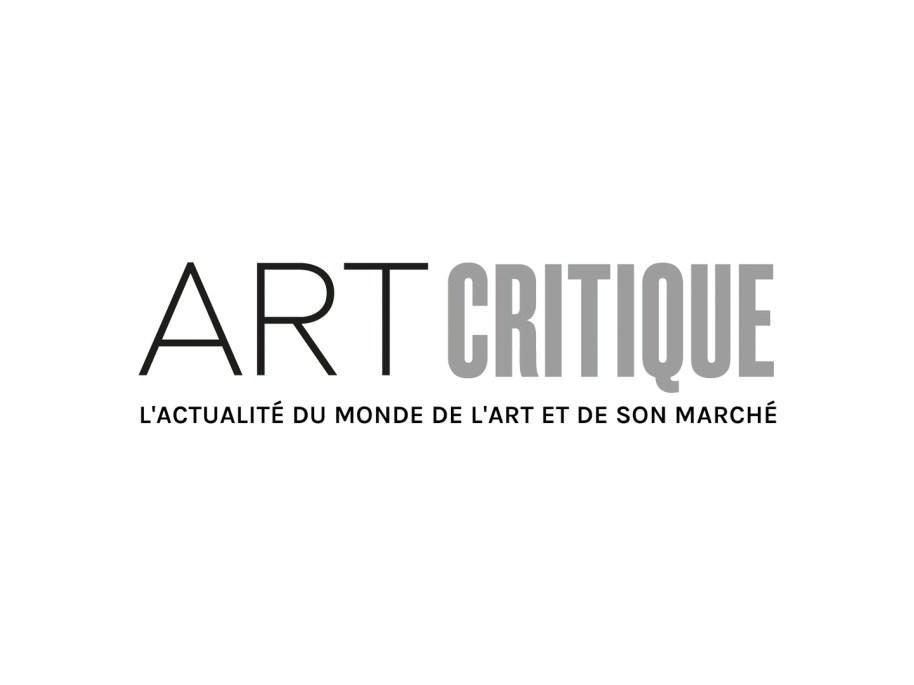 Street artist Endless presents artwork to Eike Schmidt of the Uffizi Art World Roundup