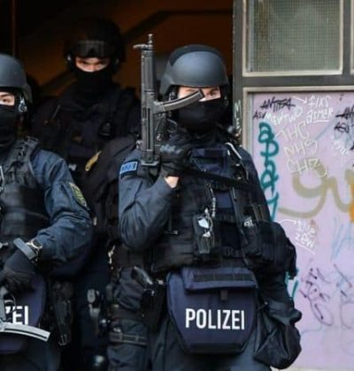 1,638 police carried out raids in Berlin arresting three in relation to Dresden Green Vault heist
