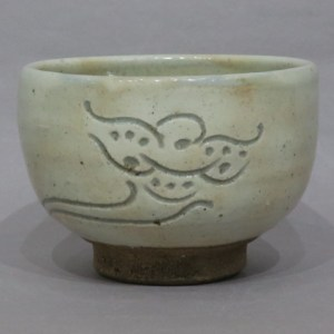 バーナード・リーチ 花文茶碗