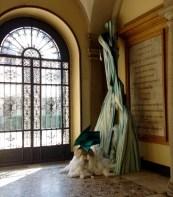 2a ingresso con installazione Regina Anzalone:Turati