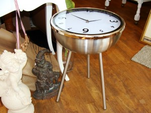 Stainless steel clock table
