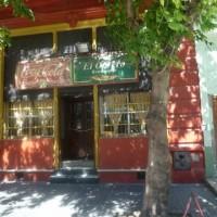 L'Obrero - un ristorante famoso della Boca. Profumo di piatti genovesi, panzotti al salmone