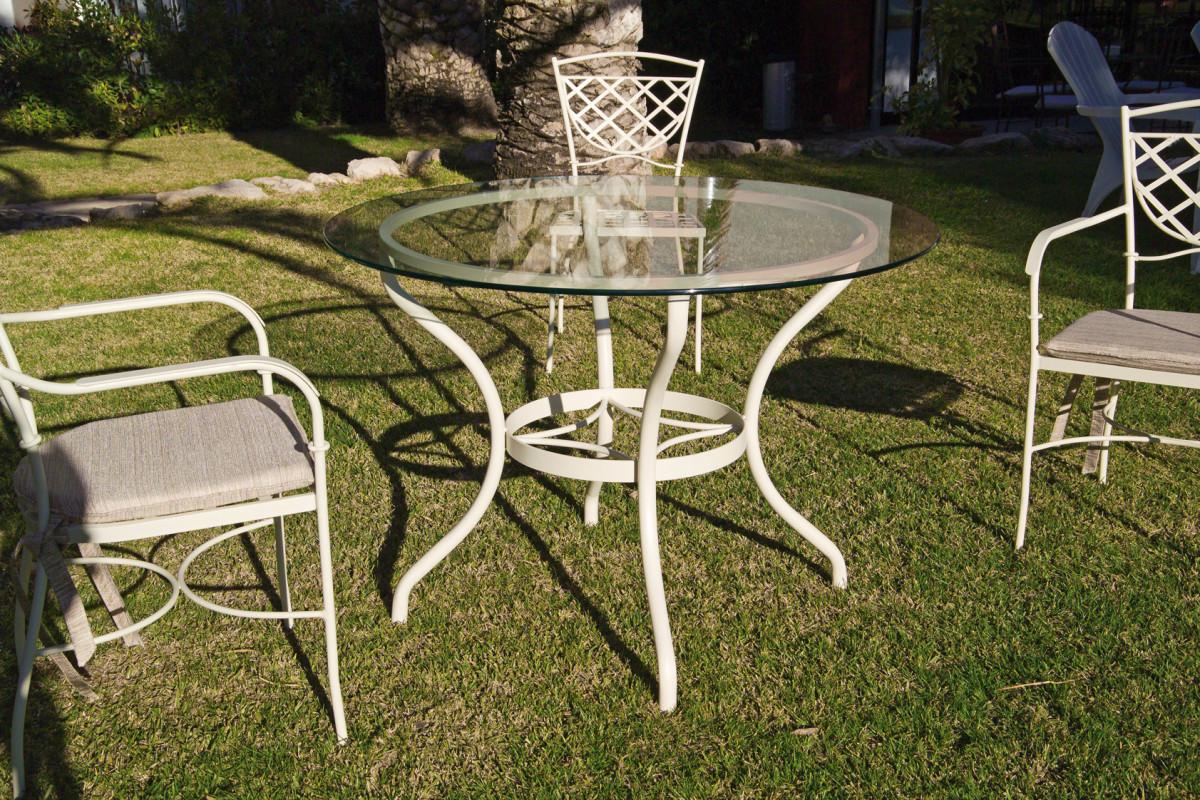 table repas de jardin en metal fer forge et plateau en verre