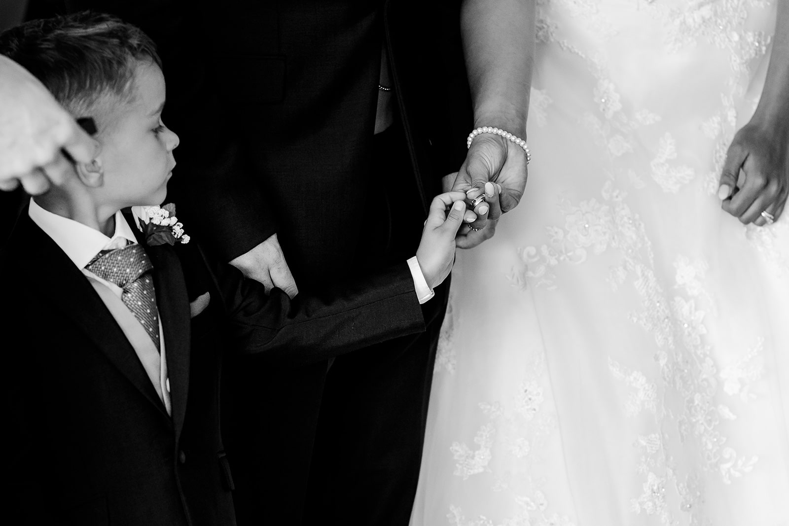 Art by design photography - south wales wedding photography